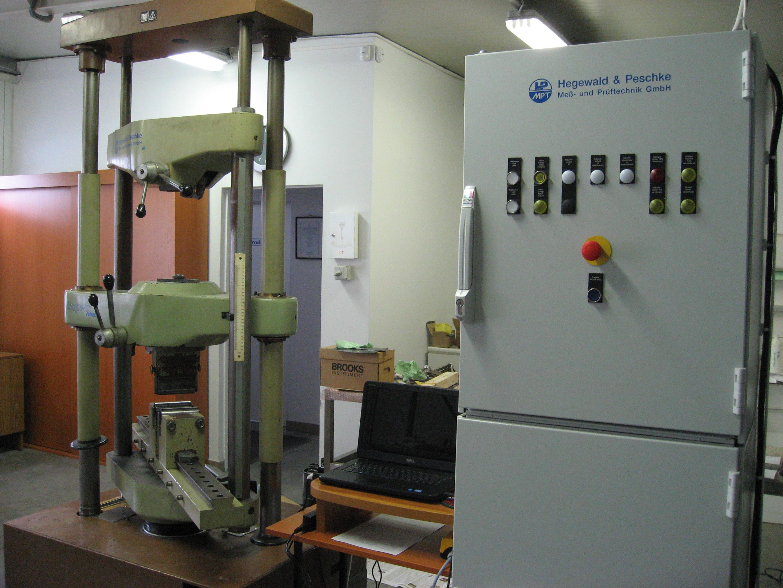 Hidraulikus szakítógépek modernizálása