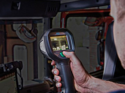 FLIR-K2-Thermal-Imaging-Firefighting-Camera-Application-Review-in-the-Truck